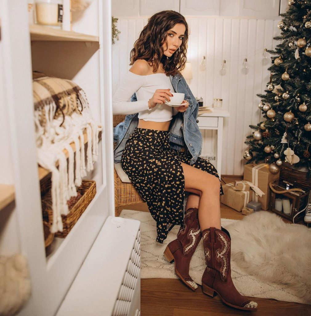 Cowboy-Mode Triumphiert  - Marina Nelson